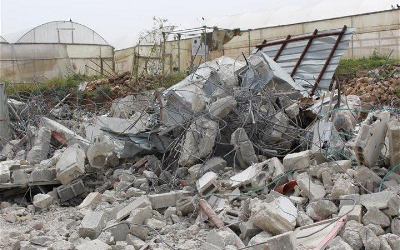تقرير الانتهاكات الإسرائيلية في الأراضي المحتلة – آذار 2016  تصعيد في سياسة الهدم ومصادرة الاراضي الفلسطينية