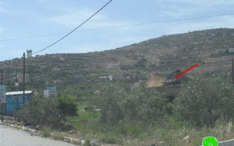 Israeli Occupation Forces transfer a house into a military base in Nablus