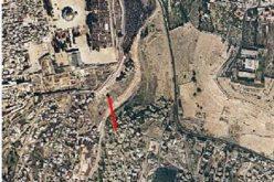 Wadi Qadum/ Jerusalem … Israeli bulldozers demolish a house inhabited by two brotehrs families