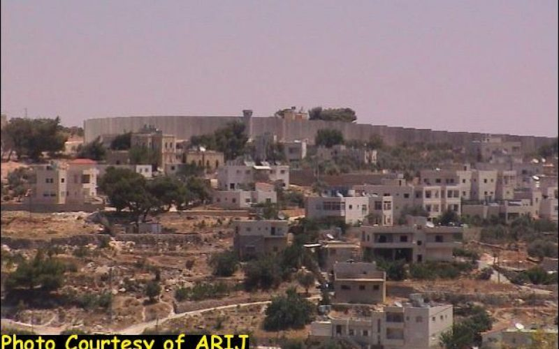 The wall constructions south of Jerusalem and the strangulation of Beit Jala town