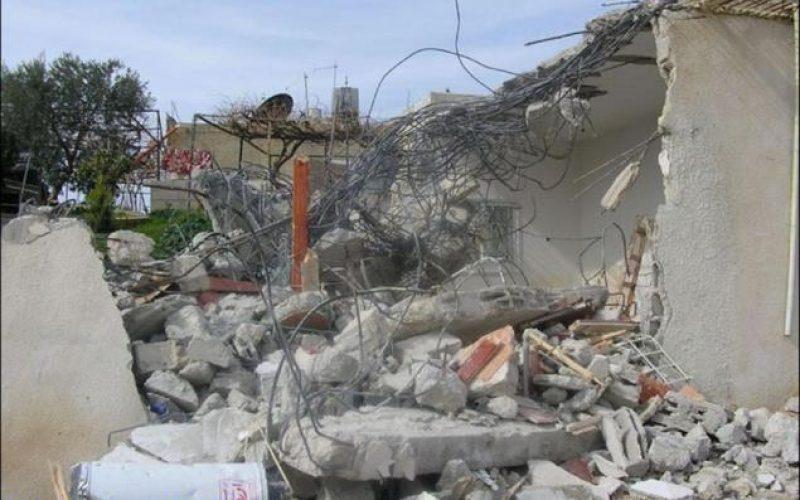 ARIJ records house demolition in An Nu'man Village, East of Beit Sahour !!