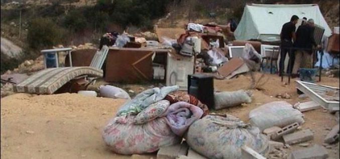 Inhabitants of 'Ein Al Juweza village seeking refugee