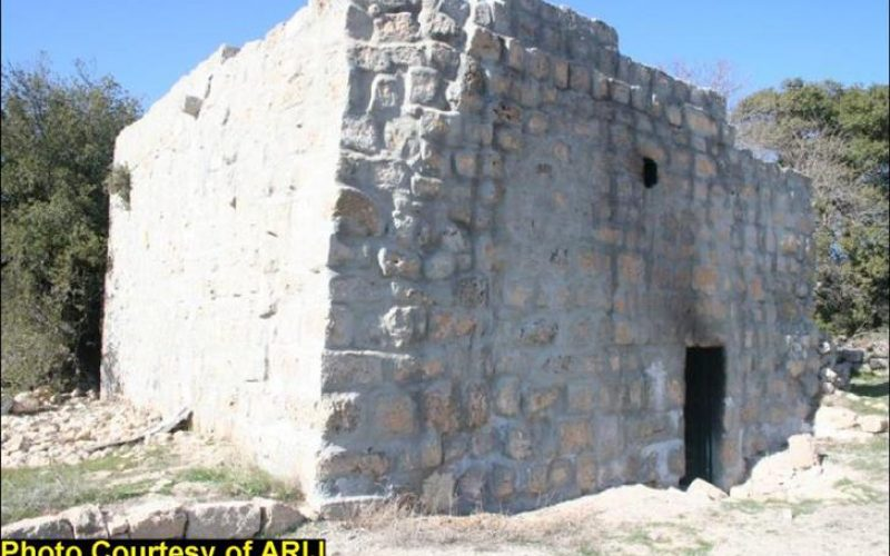 Sacrilege in Al-Khader: the Israeli Settlers burn a 400 hundred years old Mosque