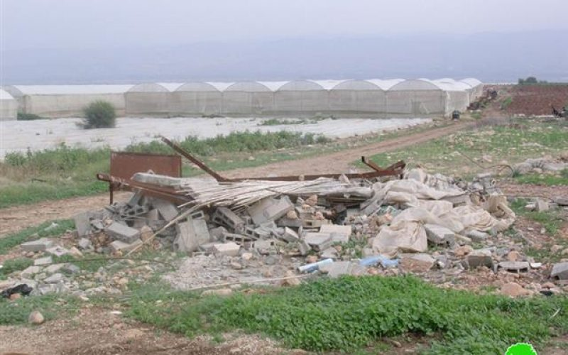 Israeli Occupation Forces Prevent Khirbet Yazra Farmers from Establishing an Agricultural Road