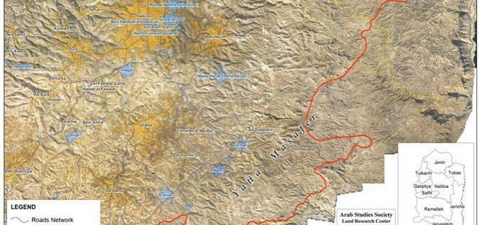 الاحتلال يجرف مئات الدونمات من أراضي مسافر بلدة يطا