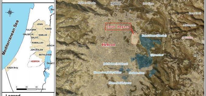 الاحتلال يوقف العمل في منزلين بمنطقة قيزون شرق الخليل