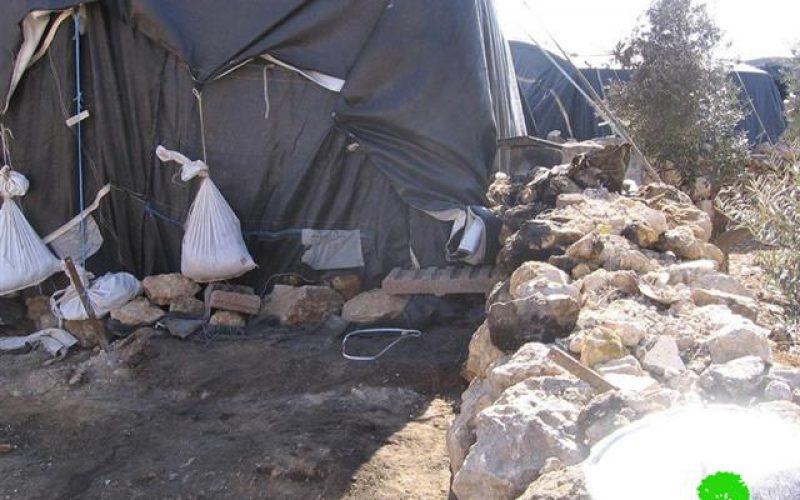 Israeli colonists set ablaze Palestinian tents