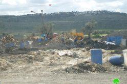 الاحتلال الإسرائيلي يخطر 18 منشأة لتصنيع الفحم في بلدة يعبد بوقف البناء