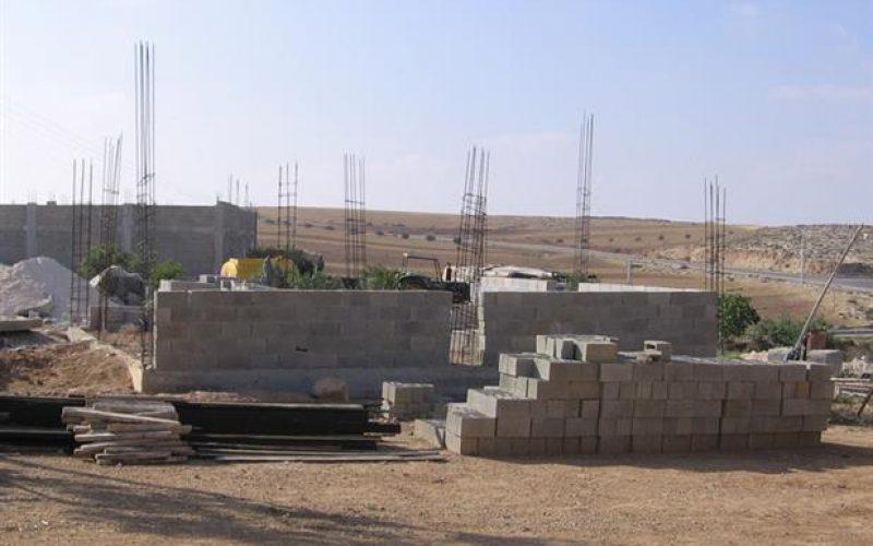 إخطار بوقف العمل والبناء الرماضين – جنوب الخليل