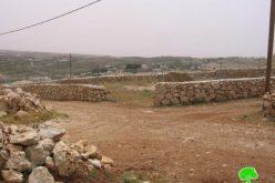 إخطارات بإخلاء عشرات الدونمات في مخيم الفوار –  جنوب الخليل