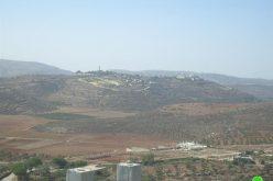 إخطار بإزالة أعمدة كهربائية تابعة لقرية جالود في محافظة نابلس