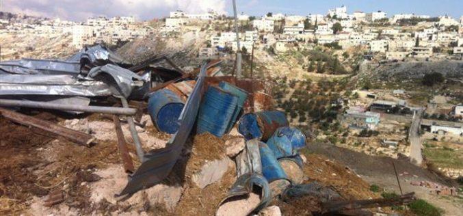 Demolishing a Shack and Leveling Lands in Sur Baher – Jerusalem city