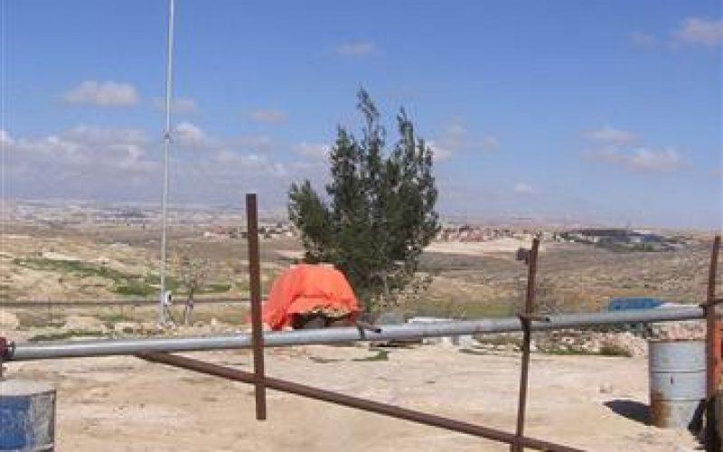 إخطارات بإزالة نظام الطاقة الكهربائية في هريبة النبي ووادي جحيش في جنوب يطا – محافظة الخليل