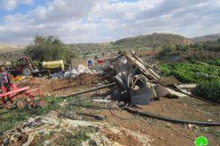 هدم بركساً زراعياً في  قرية فروش بيت دجن