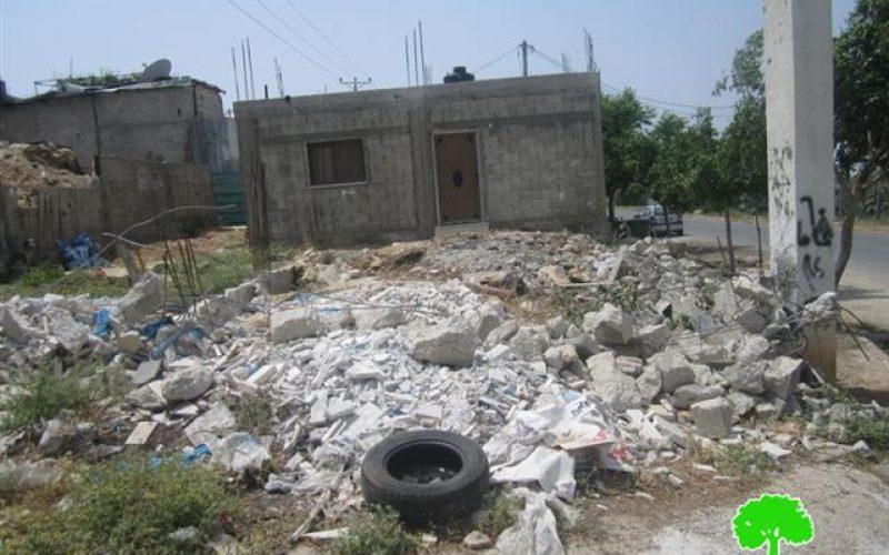 الاحتلال الإسرائيلي يهدم مسكناً  في عزبة الطبيب / محافظة قلقيلية
