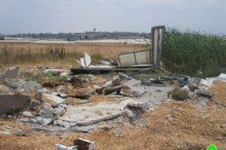 هدم  محطة لغسيل السيارات وبسطة للخضار في قرية الجلمة