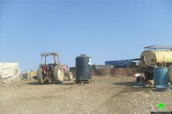 مصادرة خيام و بركسات كانت معدة للتوزيع في خربة حمصة