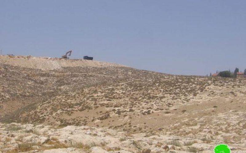 Demolishing a barn in Al Rahwa