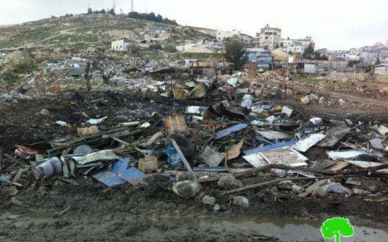 الاحتلال يفتتح العام الجديد بحملة هدم وتجريف واسعة في قرية العيسوية