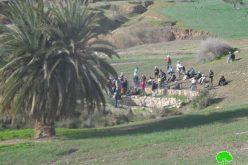 """مستعمرو """"مسكيوت"""" يستولون على نبع ماء عين الحلوة  في منطقة وادي المالح / محافظة طوباس"""