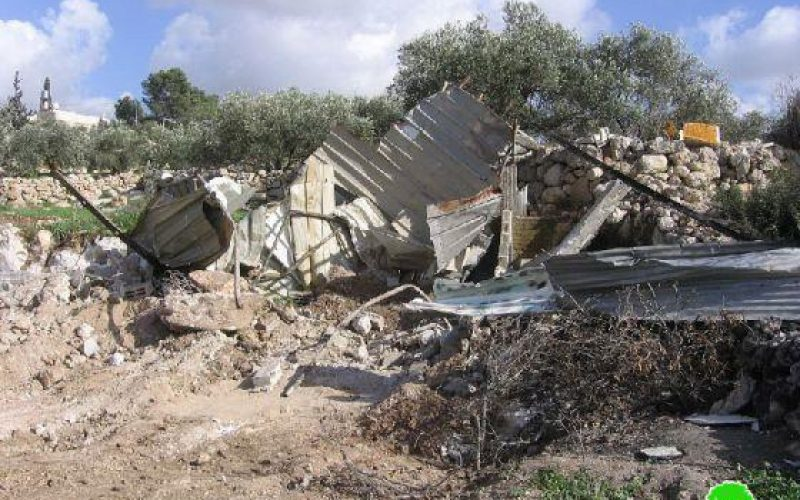 Demolishing Structures in Beit Awwa