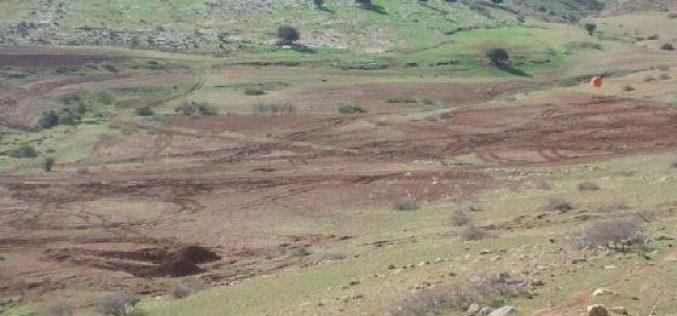 الاحتلال الإسرائيلي يخطر عدة خرب بدوية بالإخلاء بحجة التدريبات العسكرية في الاغوار الشمالية