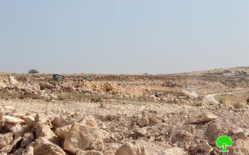 Leveling Huge Areas of Palestinian Lands in Jamroora village near Tarqumiyya