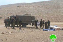 مداهمة خربة مكحول مجدداً ومصادرة عدداً من الخيام الاغاثية /محافظة طوباس