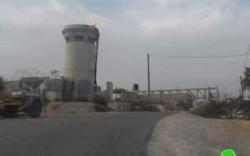 The Israeli occupation re-shuts off the entrance of Kifl Haris