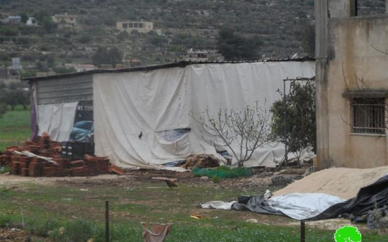 Serving families stop-work orders in Nablus