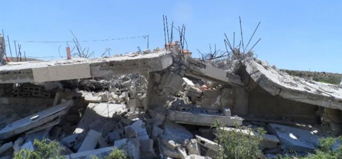 هدم منزلين جاهزين للسكن في مخيم العروب شمال الخليل