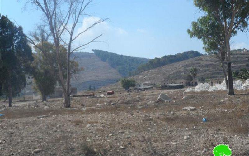 الاحتلال يمنع أهالي بلدة عرابة من استغلال أراضيهم كان يقيم عليها معسكر للجيش تم إخلائه
