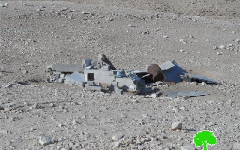 الاحتلال يهدم مساكن ومنشآت زراعية في خشم الدرج شرق بلدة يطا