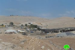 إخطار بوقف البناء لمنشآت سكنية وزراعية في خربة حمصة التحتا