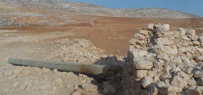 Destroying the electricity network of Khirbet al-Taweel