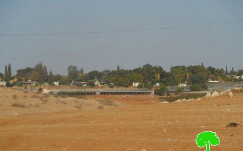 The occupation closes a agricultural road in Sahel al-Bikaia