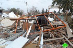 الاحتلال الإسرائيلي يهدم ورشة للحدادة في ضاحية الياسمين / مدينة البيرة