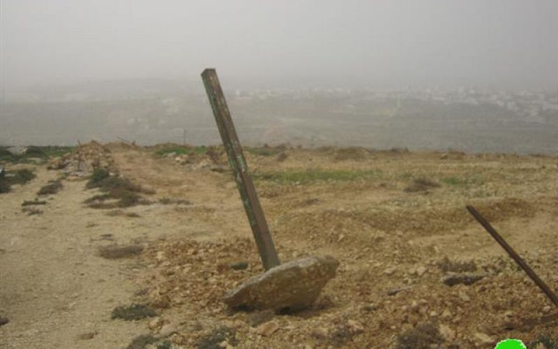 Ravaging a 3 agricultural dunum plot and the fence surrounding it in Bethlehem