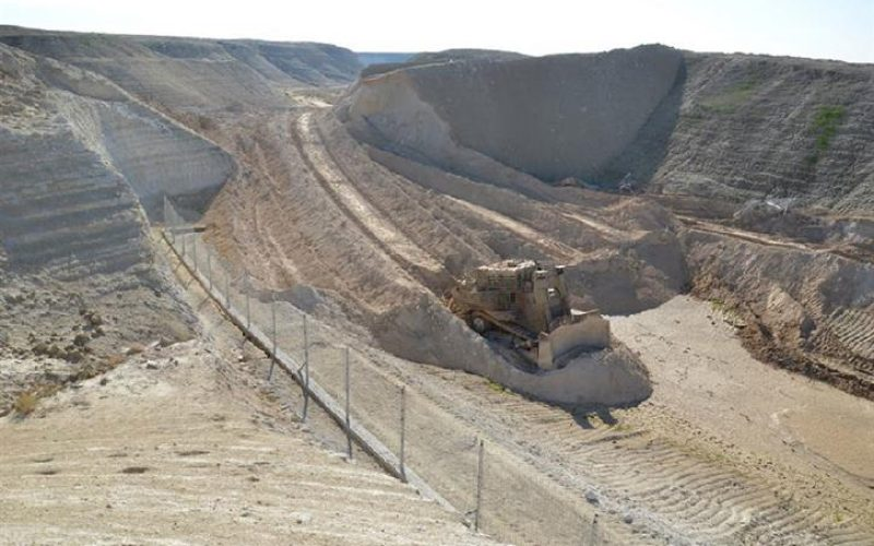 Demolishing a rainwater-catchment pool in Jericho