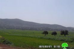 إخطارات بوقف البناء تطال مسكن وأربع بركسات في قرية بيت دجن / محافظة نابلس