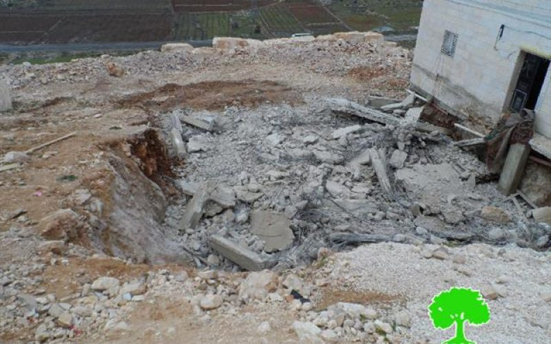 The Israeli occupation demolishes a residence in Hebron