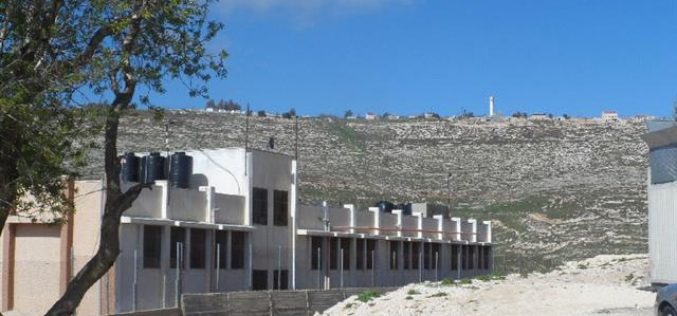 Colonists spray-print racist graffiti on Nablus  school