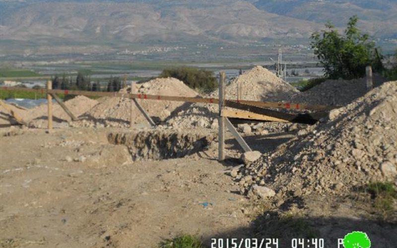 """إخطار بوقف البناء لمسجد """" عباد الرحمن"""" في قرية كردلة"""