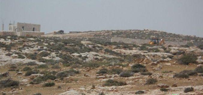 أعمال تجريف و بناء لإنشاء بؤر استعمارية جديدة في قرية كيسان / محافظة بيت لحم