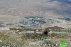 الاحتلال الإسرائيلي يصادر حجارة قديمة من مقام الشيخ ابو كامل شرق قرية بيت دجن