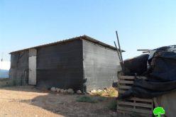 الاحتلال الاسرائيلي يسلم اخطارات بوقف البناء في قرية الجفتلك