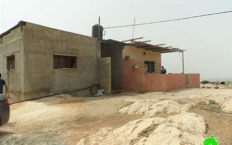 إخطار بوقف البناء لمنزل وبركس زراعي في قرية جيوس, محافظة قلقيلية