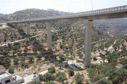 """""""كفر عقب 2 قيد الانشاء في حي بئر عونة""""<br>  اسرائيل تستأنف بناء جدار العزل العنصري على أراضي مدينة بيت جالا"""