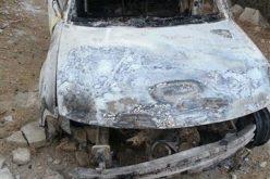 إحراق سيارة فلسطينية ومحاولة قتل من فيها على يد المستعمرين بالقرب من حاجز حوارة العسكري