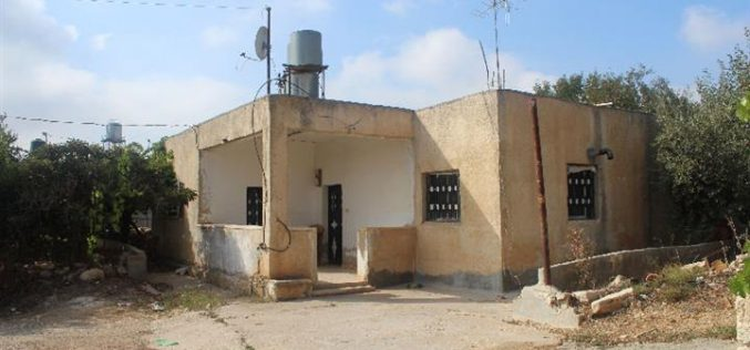 الاحتلال يسعى بالاستيلاء على مسكن في مدينة حلحول لأغراض عسكرية